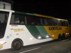 Ônibus interestadual é assaltado na BR-101, em Alagoinhas