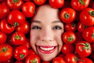 10 Manfaat Tomat Untuk Wajah