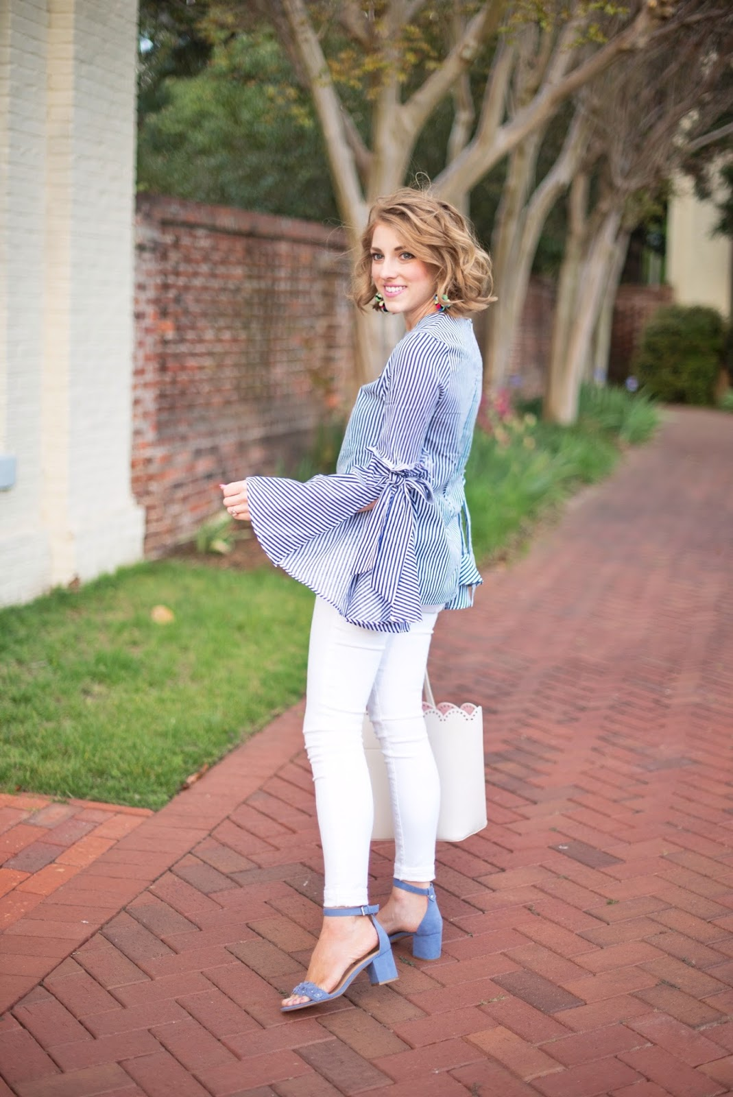 Spring outfit Inspiration - See more on Something Delightful Blog