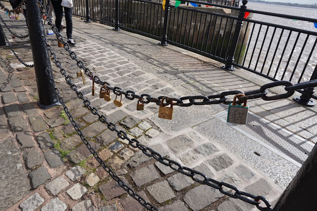 Love Locks, Albert Dock, Liverpool, Mersey,