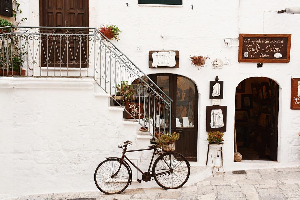 6 Best Biking Holiday Destinations