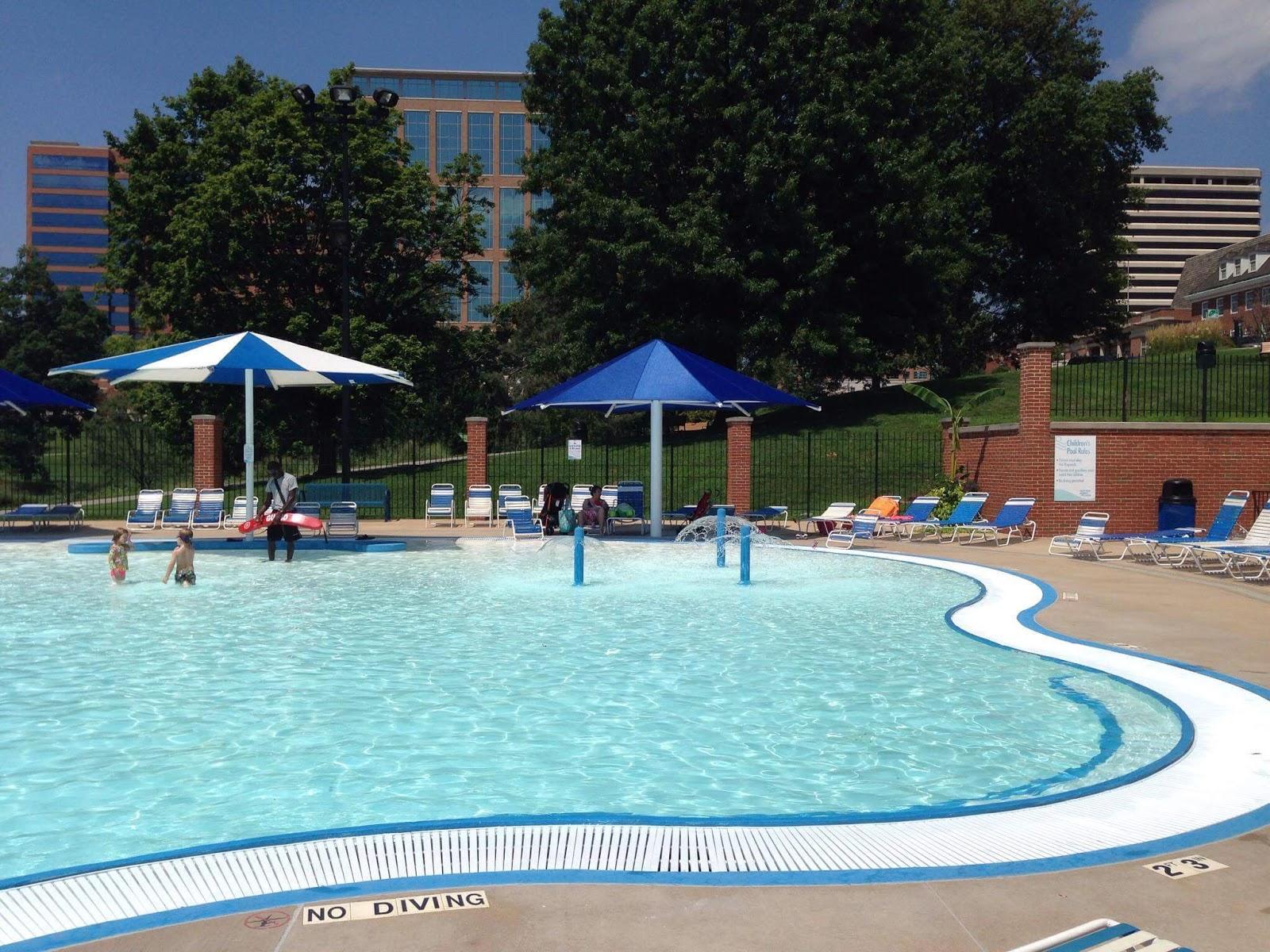 Play St Louis Shaw Park Aquatic Center Clayton