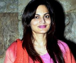 Alvira Khan Family Husband Son Daughter Father Mother Age Height Biography Profile Wedding Photos