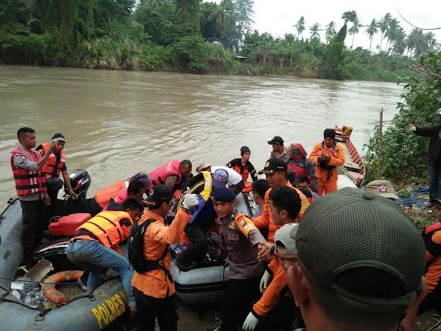 Gadis Luwu Yang Tenggelam Di Wajo  Akhirnya Ditemukan Tidak Bernyawa
