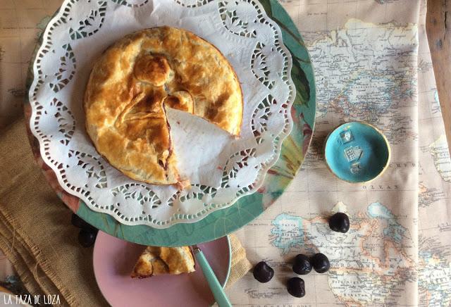 pastel-vasco-con-crema-pastelera-mermelada-de-cerezas
