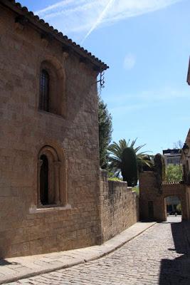 Conventet of Pedralbes in Baixada del Monestir