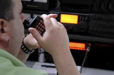 OPERADORES DE RADIO PARA AGENCIA DE SEGURIDAD C/S EXPERIENCIA.