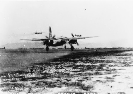 Decollo dalla base sarda di un B-26