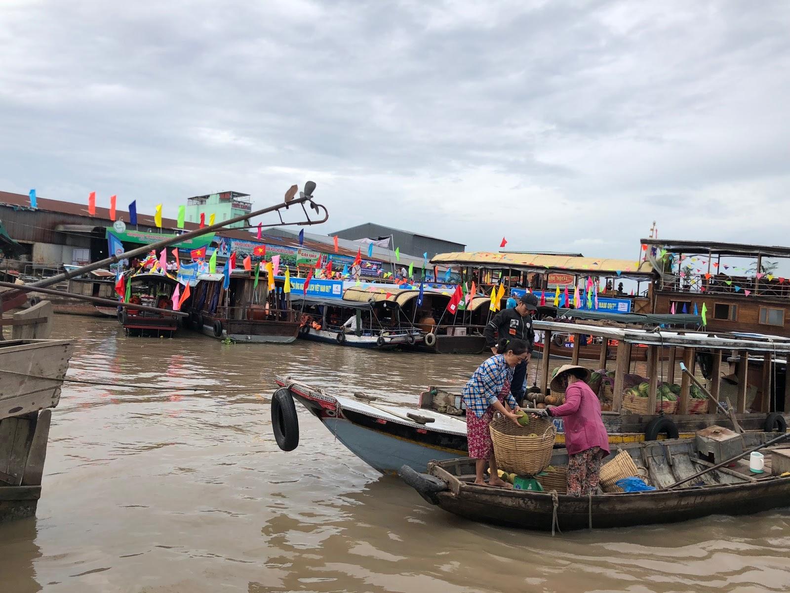 Chợ nổi cái Răng ngày hội du lịch 2018