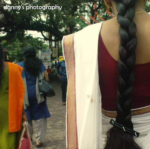 Kerala Bride Simple Hairstyle For Long Forehead: Indian Long Hair Girls: May 2012