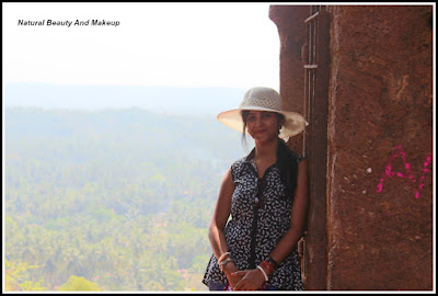 travel blogger Anamika at Chapora Fort, North Goa