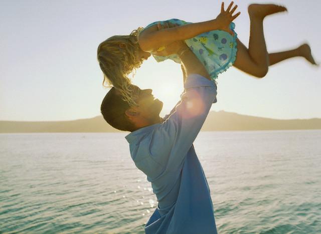 Ini Akibatnya Jika Berlebihan Memuji Anak `Cantik` atau `Ganteng` Ternyata Ber efek Negatif