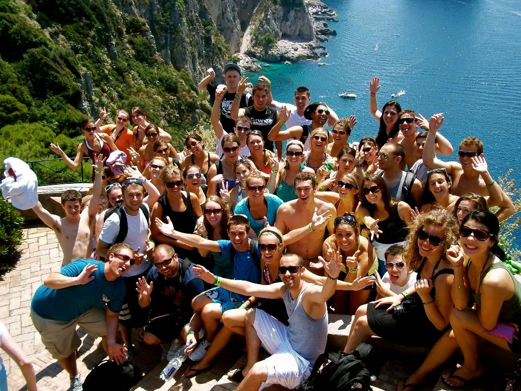 12 reasons it's better to travel in a group - Matador Network  |Group Travel