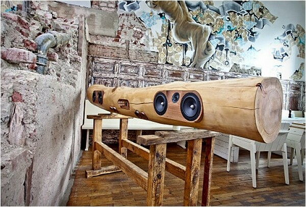 iTree - iPhone and iPod music dock