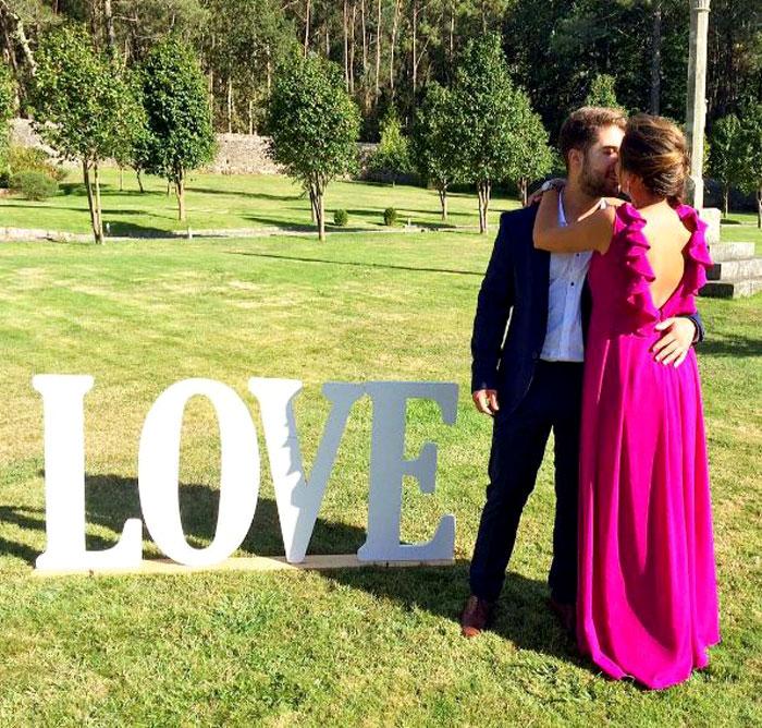 vestido escote espalda invitada perfecta boda rosa