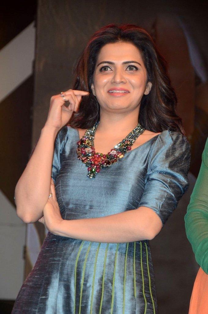 Tamil TV Anchor Divyadarshini Stills In Blue Dress