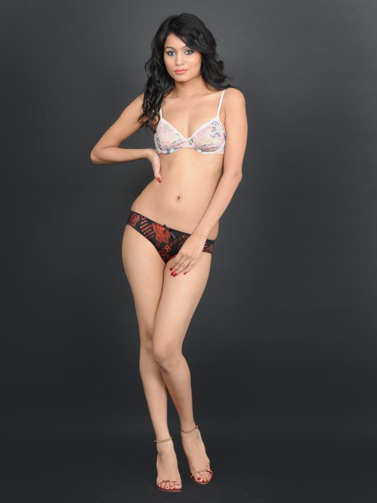 New Hot Bikini 17