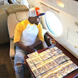 Wow!!!! Floyd Mayweather Flaunts His cash In a Private Jet