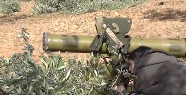 Видео: курдская женщина уничтожает турецкий танк