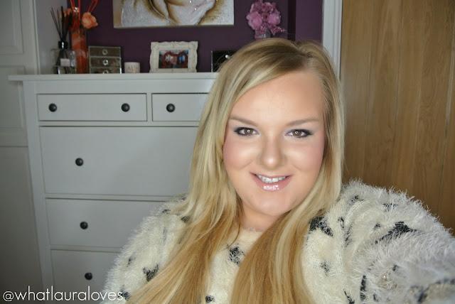 Blonde BBW Plus Size Blogger Leopard Print, Stars, Fluffy