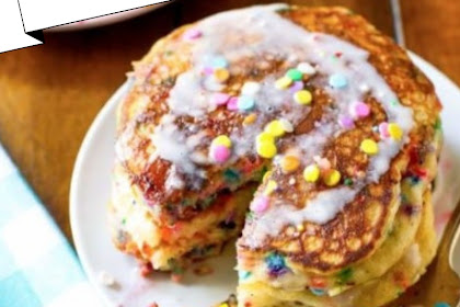 Funfetti Buttermilk Pancakes #christmas #dessert