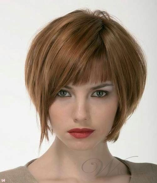 Shoulder Length Wavy Bob