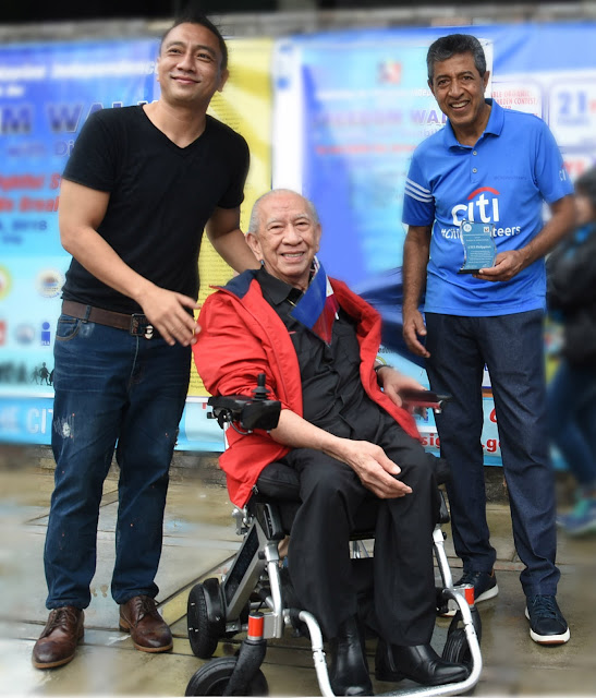 (L-R) Pasig City vice mayor Iyo Bernardo, Philippine Federation for the Rehabilitation of the Disabled (PFRD) president Manuel Agcaoili and Citi Philippines CEO Aftab Ahmed