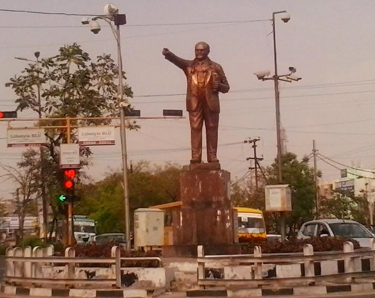 दलित वर्ग के प्रतिनिधि और पुरोधा थे  डाॅ. भीमराव रामजी अंबेडकर