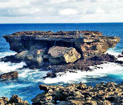keindahan panorama pantai timang