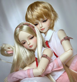 couple doll wallpaper