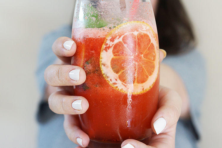 strawberry-mint-lemonade-non-alcoholic-drinks-recipe
