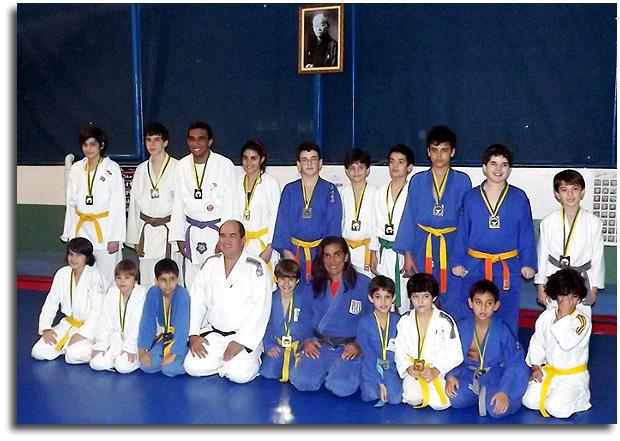 cc6a901a51a Aqui tem notícias do judô  Santos  Colégio Jean Piaget comemora o Dia  Mundial do Judô