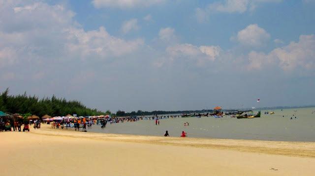 Karang Jahe Beach Eksotisme Wisata Pantai Pasir Putih di Rembang