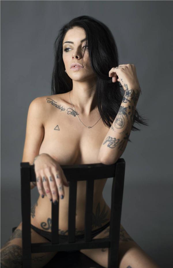 Sonya Gilli Nude Pics