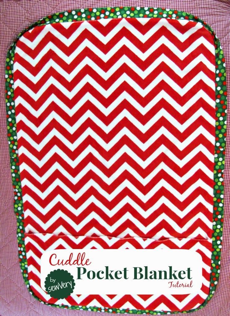 Sewvery Cuddle Pocket Blanket Tutorial