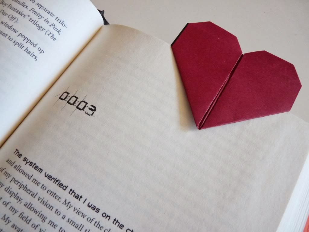 DIY Origami Heart Bookmarks - The Idea King - photo#11