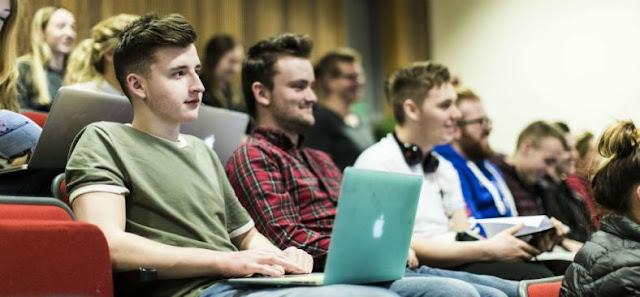 Mahasiswa Itu Bukan Hanya Butuh Nilai dan IPK Tinggi, Tapi Juga Butuh 5 Hal Ini!
