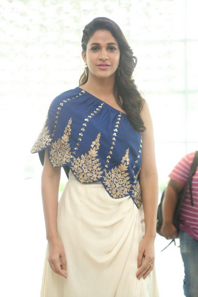 Lavanya Tripathi At Vunnadi Okate Zindagi Movie Thanks Meet Stills