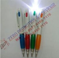 Souvenir pen senter baru