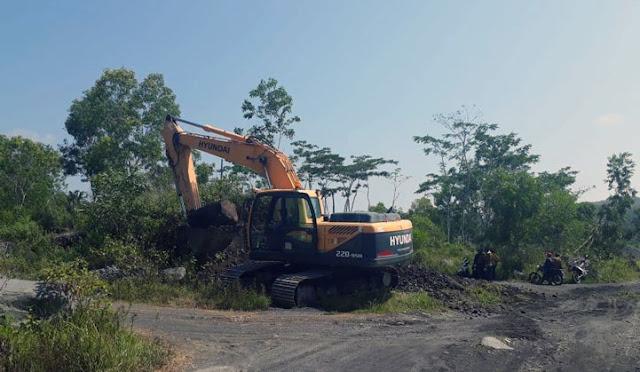 Pembangunan jalan khusus tambang