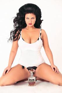 Juliya Lavrova Sexy Thighs