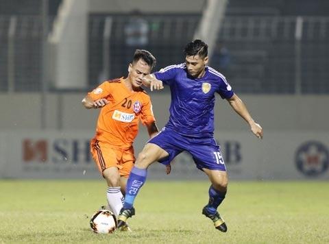 Với khoảng cách địa lý rất gần, trận đấu giữa SHB Đà Nẵng và Quảng Nam FC có thể coi là trận derby.
