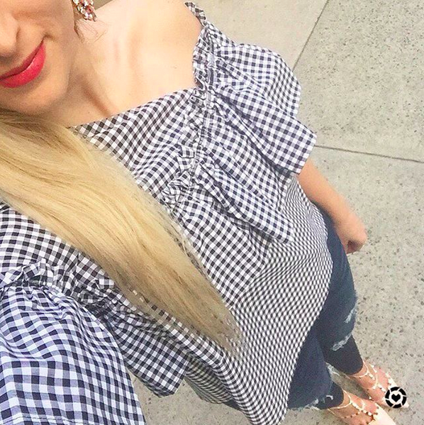 how-to-style-a-gingham-top