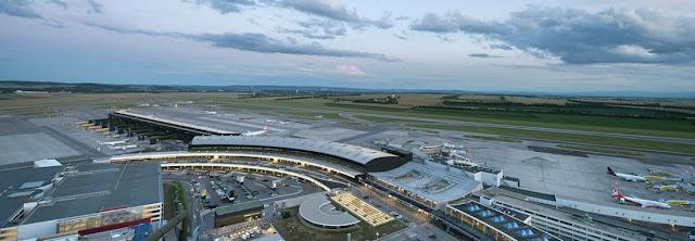 صور مطار فيينا