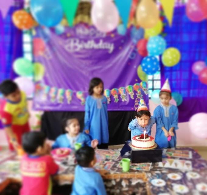 Sambutan Hari Jadi Dhia di Tadika dengan Kek Red Velvet Grand BlueWave Hotel Shah Alam