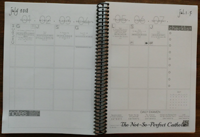 Open planner showing a weekly view