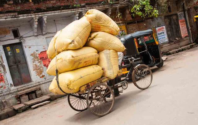 Solo en la India...