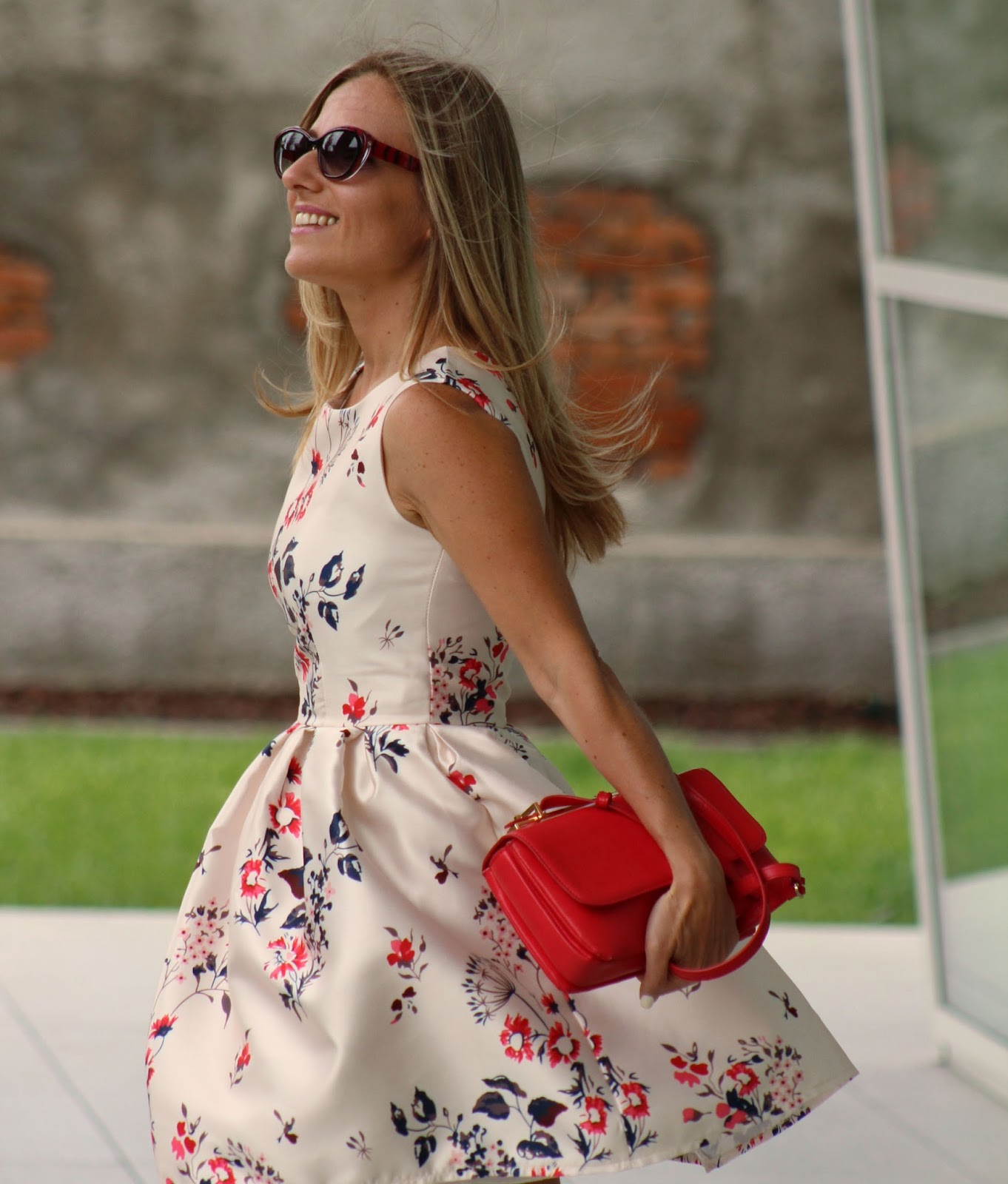 Eniwhere Fashion - Sammydress floral dress outfit