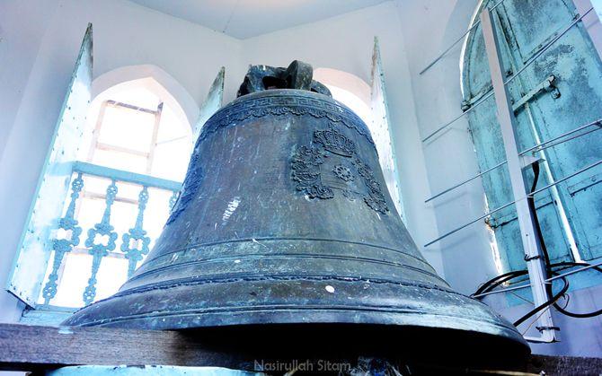 Lonceng tua bersejarah di gereja kristen jawi wetan, Jombang
