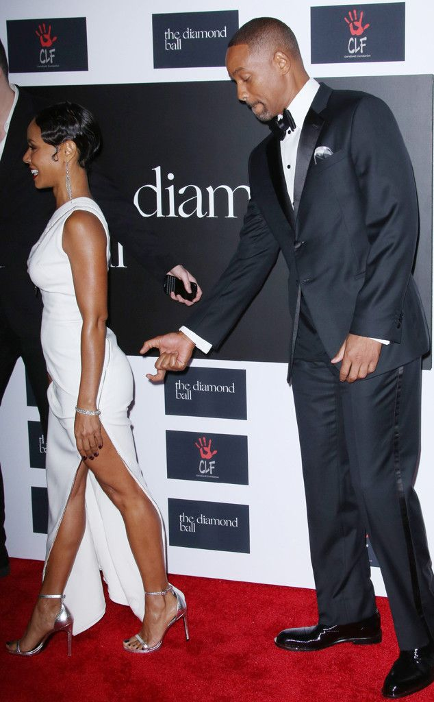 Will Smith gettting handsy with his wife Jada Smith at Rihanna's Diamond Ball 2015
